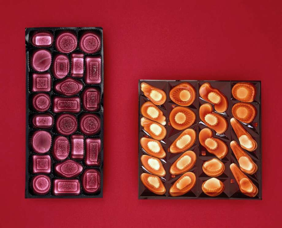 Two half-pound chocolate trays made from plastics. The thin sheets of plastic are vaccuum-formed into the shape required. Photo: Science & Society Picture Librar, / / Please read our licence terms. All digital images must be destroyed unless otherwise agreed in writing.