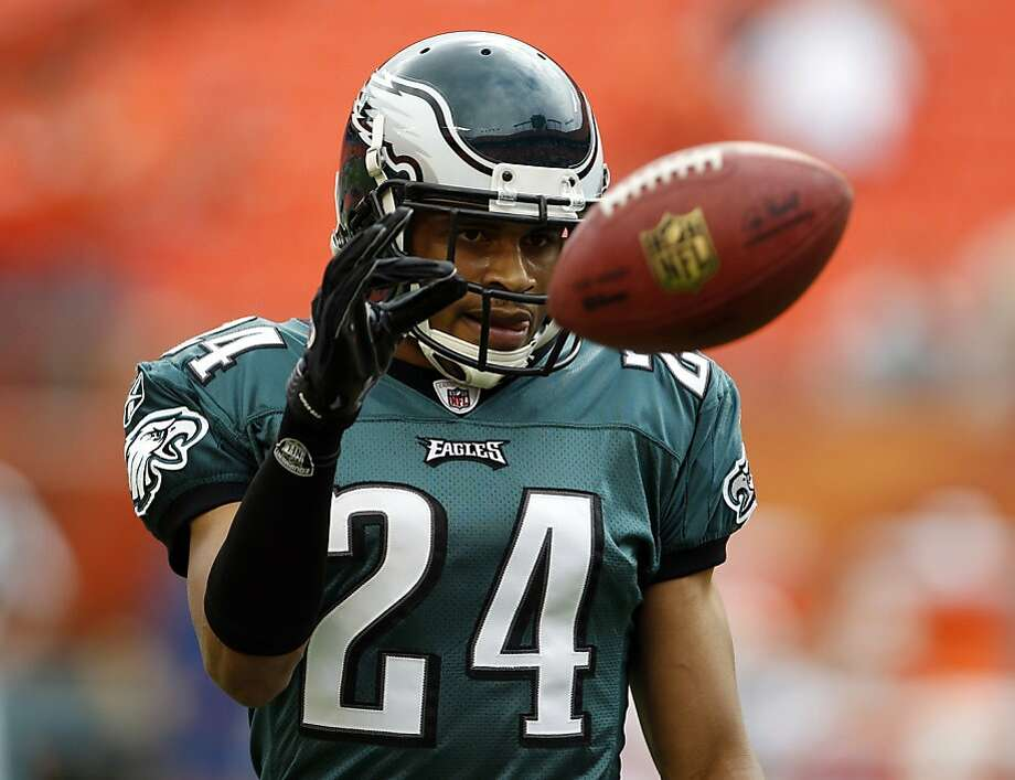 In this Dec. 11, 2011, file photo, Philadelphia Eagles cornerback Nnamdi Asomugha (24) catches the ball during practice before the start of an NFL football game against the Miami Dolphins in Miami. (AP Photo/Lynne Sladky, File) Photo: Lynne Sladky, Associated Press