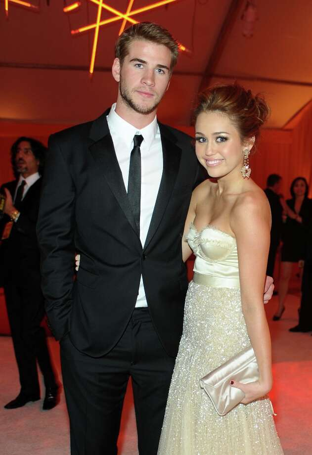 Actor Liam Hemsworth and Singer/Actress Miley Cyrus attend the 18th Annual Elton John AIDS Foundation Oscar Party at Pacific Design Center on March 7, 2010 in West Hollywood, California. Photo: Stefanie Keenan, Getty Images For Chopard / 2010 Stefanie Keenan