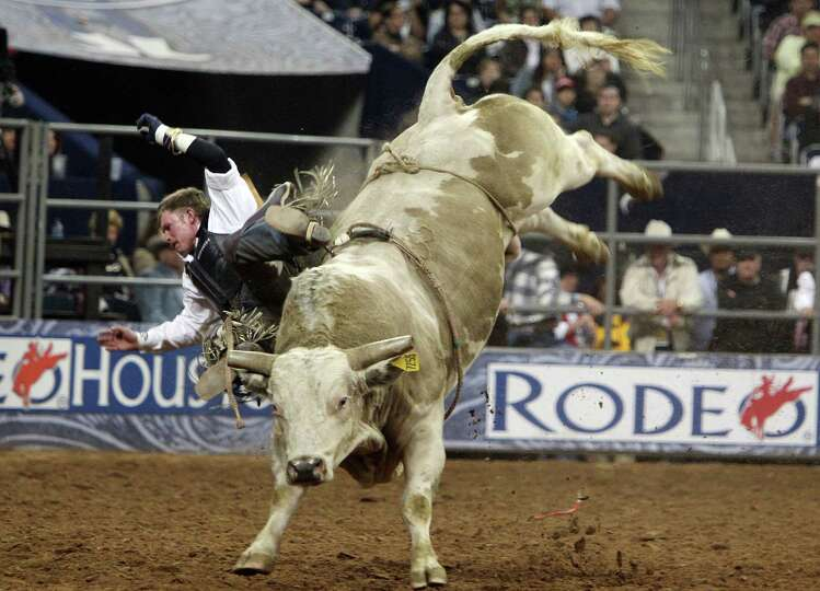 Steven Woolsey competes in Bull Riding BP Super Series Semifinals 2 at Reliant Stadium on Thursday,