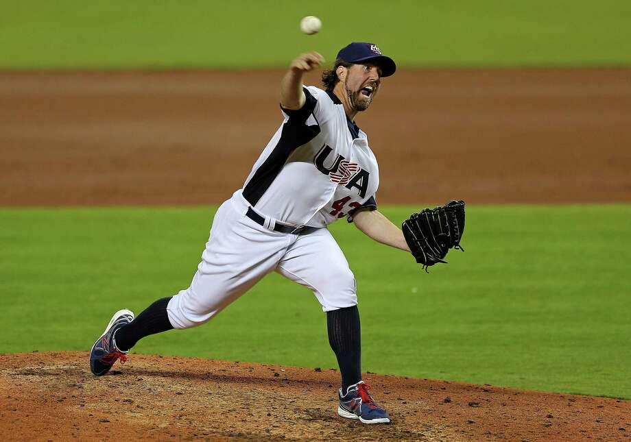 United States starting pitcher R.A. Dickey allowed one run in five innings in Thursday's 3-1 loss to the Dominican Republic. Photo: Miker Ehrmann / Getty Images