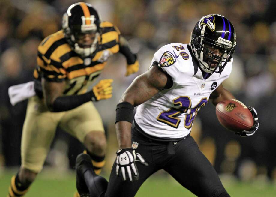 Houston is more than a little interested in ex-Raven Ed Reed, a nine-time Pro Bowl selection with 61 career interceptions. Photo: Gene J. Puskar / Associated Press