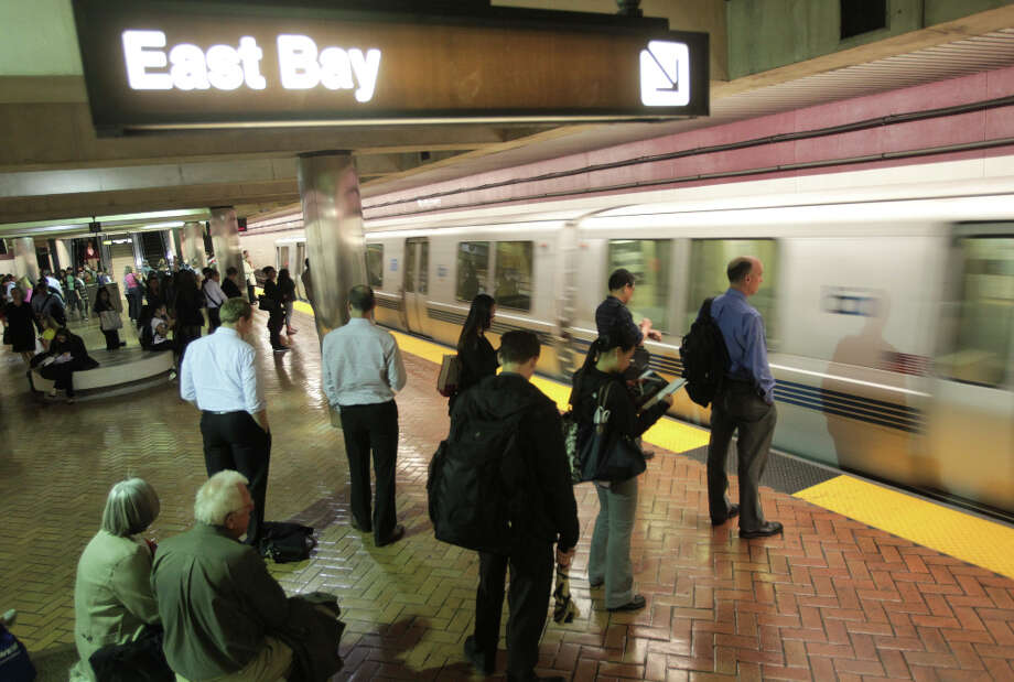 BART riders at the Montgomery Station experience less than normal congestion during the evening commute to the east bay on Thursday, June 14, 2012. The shut down of the transbay tube in the morning forced some commuters to drive instead. Photo: Mathew Sumner, Special To The Chronicle / ONLINE_YES