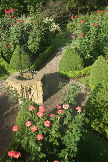 The English Expression Garden offers plenty of roses for cutting. Photo: McDugald-Steele Photo