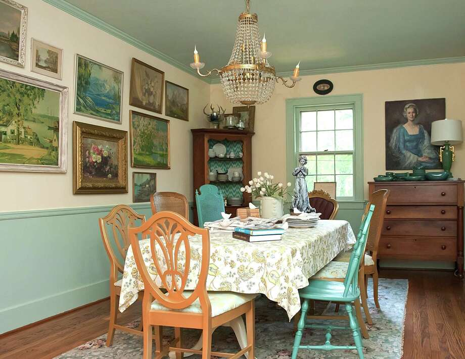 Blogger Kristie Barnett Gave Her Dining Room A Downton Abbey Inspired Look