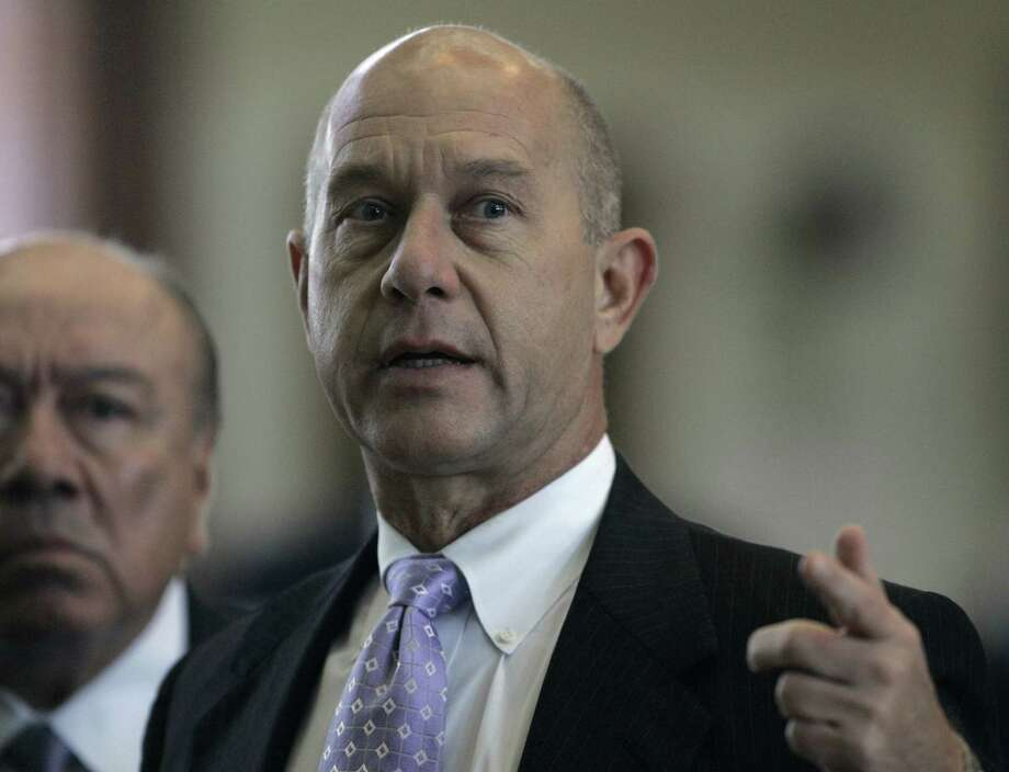 A bill introduced by Sen. John Whitmire, D-Houston, is a step in the right direction in achieving better chances of accountability. Photo: Harry Cabluck / Associated Press