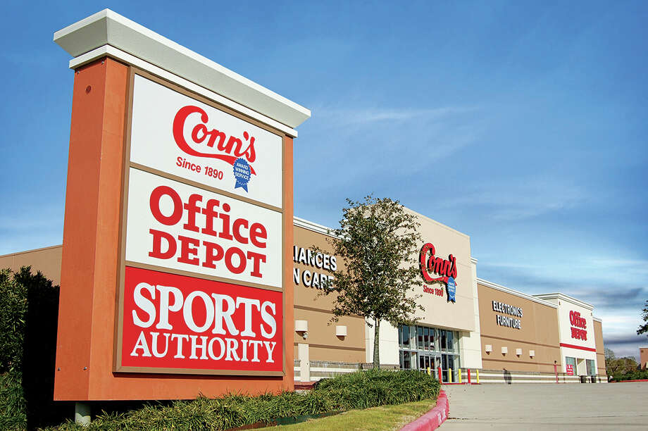 Fidelis Realty Partners has purchased Fairway Centre III at 3931 Fairway Drive in Pasadena from Trammell Crow Co. The 103,876-square-foot power center is 100 percent leased by Sports Authority, Conn s and Office Depot  David Aaronson and Jeff Stein of CBRE  arranged financing. Kevin Holland, Chris Cozby and Chris Gerard of CBRE represented the seller.