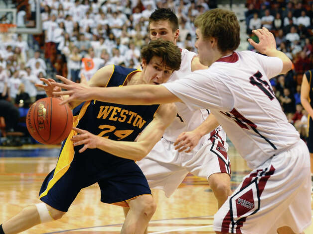 Class M boys basketball final action between Weston and Valley Regional at the Mohegan Sun Arena in Uncasville, Conn. on Friday March 15, 2013. Photo: Christian Abraham / Connecticut Post