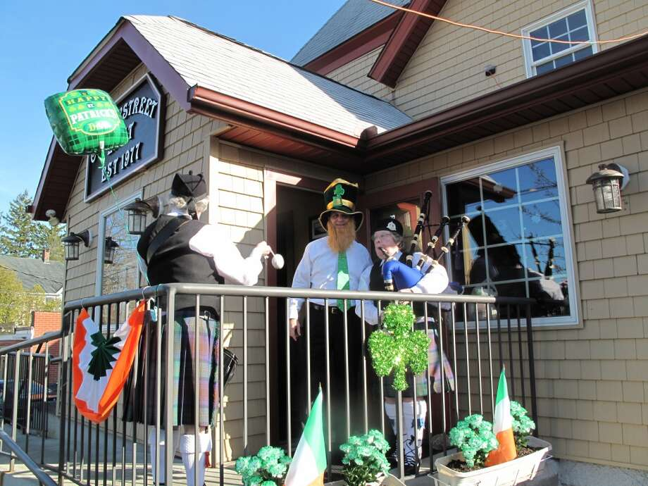 No. 9: New Canaan. The town of New Canaan has the ninth largest percentage of resident claiming an Irish ancestry in Southwestern Connecticut, at 23.4 percent. Bagpipes, kilts and fake beards characterized the St. Patrick's Day celebration at Cherry Street East.