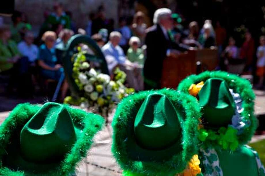 March 17- At noon Sunday, the Harp and Shamrock Society honors the soldiers of Irish heritage who sacrificed their lives to defend the Alamo at the 46th Wreath Laying at the Alamo.