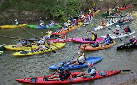 Saturday, Oct. 4AFLOAT on Buffalo BayouExpect to see dragon boats, yachts, canoes and kayaks drifting down Buffalo Bayou this weekend. If it can float, then it will be part of this parade sponsored by the Houston Arts Alliance and Buffalo Bayou Partnership. The parade is part of Transported & Renewed, a three-month celebration of all forms of transportation. Public viewing locations for the parade can be accessed along the 2.2-mile bike-trail system on the south side of Buffalo Bayou between Allen's Landing and North York Street. 11 a.m.-1 p.m.; Allen's Landing, 901 N. York; haatx.com. Photo: Melissa Phillip, Houston Chronicle / © 2013  Houston Chronicle
