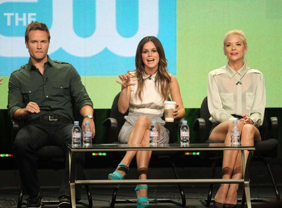 Scott Porter, left, now appears on the show ''Hart of Dixie'' with Rachel Bilson, center, and Jaime King, right.