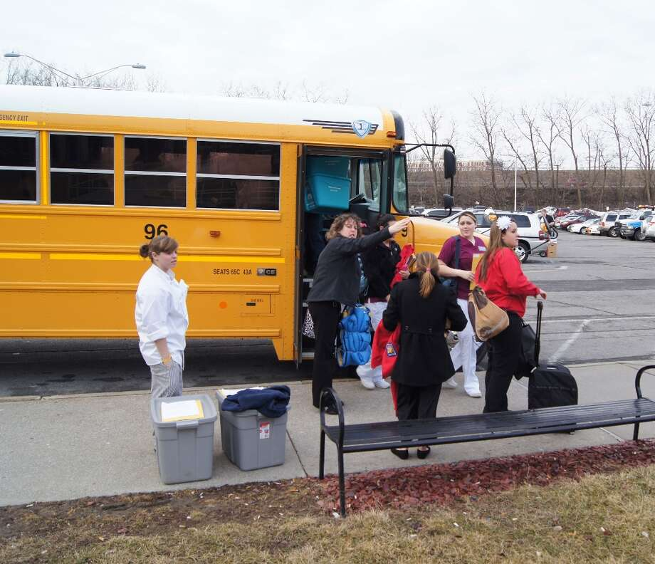 Off the bus. Photo by Rosa D'Ambrosio for New Visions: Journalism & Media Studies.