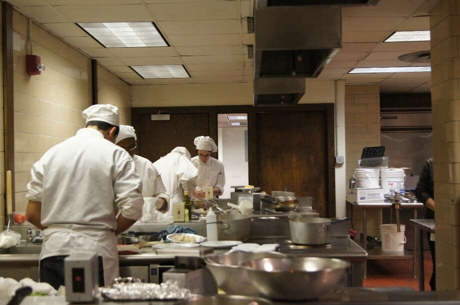 Chefs galore. Photo by Rosa D'Ambrosio for New Visions: Journalism & Media Studies.