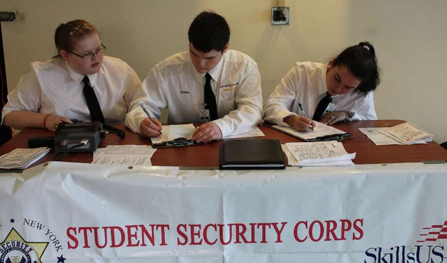 Nobody gets past security. Photo by Lindsey Burns for New Visions: Journalism & Media Studies.