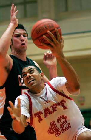 Taft graduate Julian Boyd - LIU-Brooklyn Photo: BOB OWEN, San Antonio Express-News / San Antonio Express-News