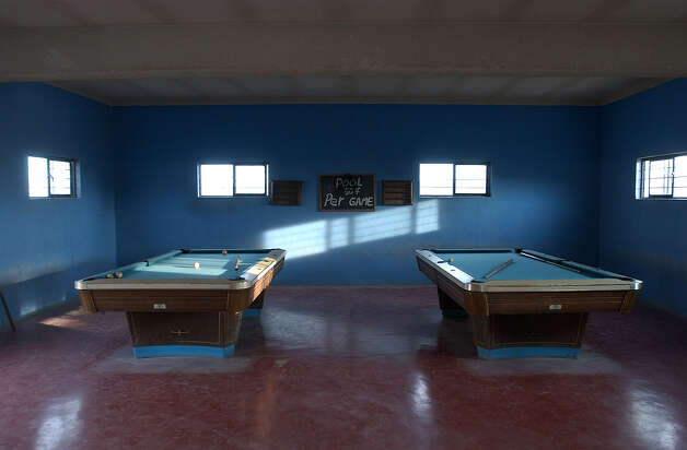 Pool tables remain unused at the Park Bar in Boquillas del Carmen, Mexico on Wednesday, July 21 and Thursday, July 22, 2004. Photo: JERRY LARA, San Antonio Express-News / SAN ANTONIO EXPRESS-NEWS