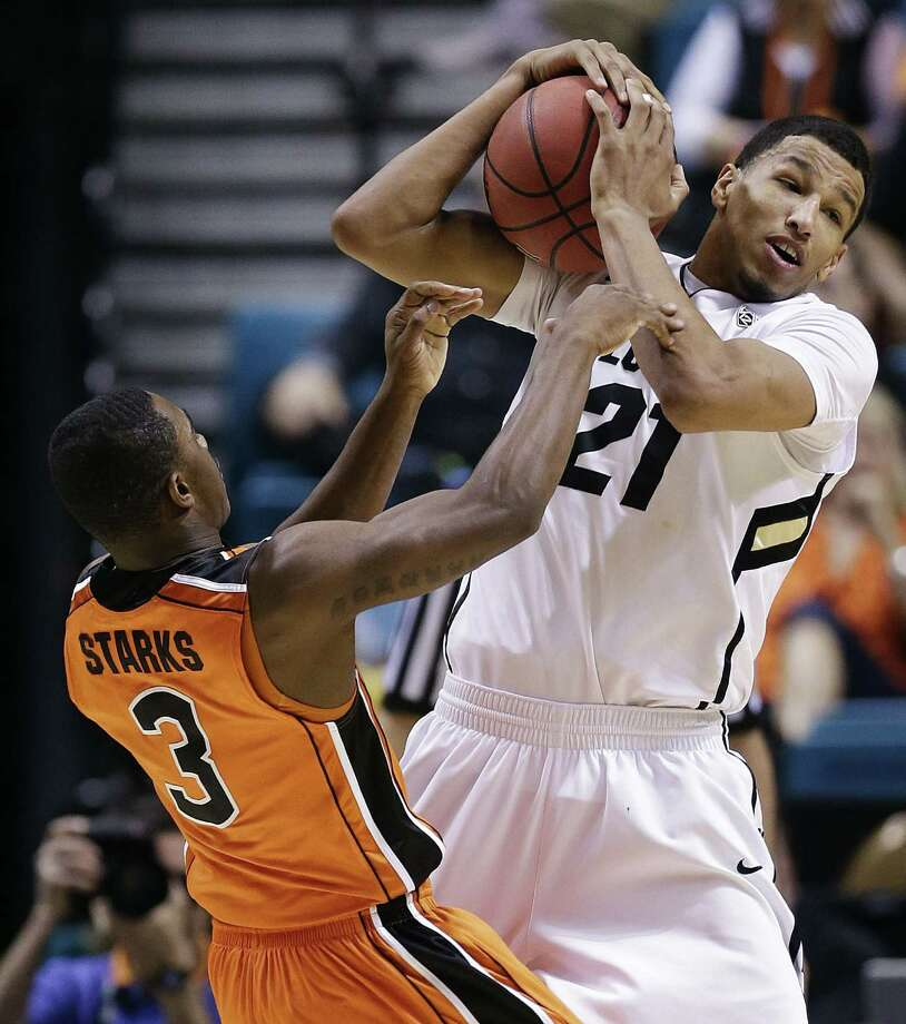 Colorado's Andre Roberson (21), a Wagner grad, averages 11.3 rebounds per game. Photo: Julie Jacobson / Associated Press