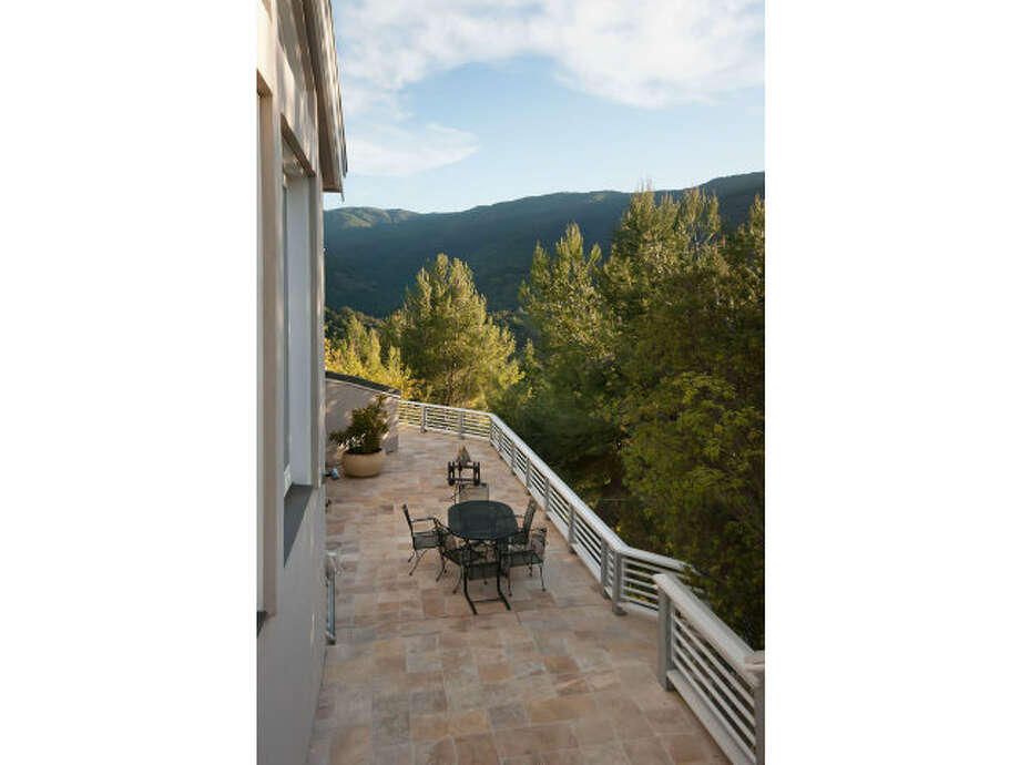 Outdoor terrace with views of the hillsides of Los Gatos