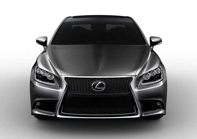 Lexus LS 460 F Sport