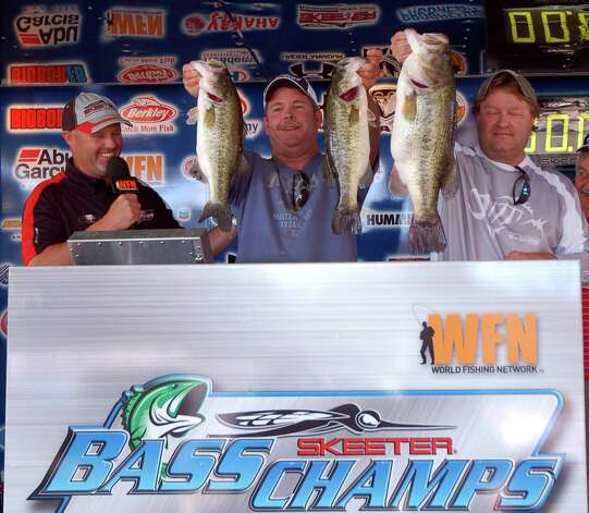 Allen Shelton and Rick Scott caught 2nd place with 19.06 lbs, and had the biggest bass of the tournament weighing in at 10.54  photo by Patty Lenderman, Lakecaster