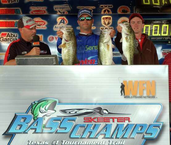 With three solid chunks, Brian Shook and Danny Iles won 3rd place.  Their three fish limit weighed 18.49 lbs  photo by Patty Lenderman, Lakecaster
