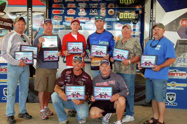 Congratulations to the top five teams:  (Front) 1st - Todd Castledine & Billy Howell; (Back, L-R) 2nd - Allen Shelton & Rick Scott; 3rd - Danny Iles & Brian Shook; 4th - CJ Nichols & Shane Hilton  photo by Patty Lenderman, Lakecaster