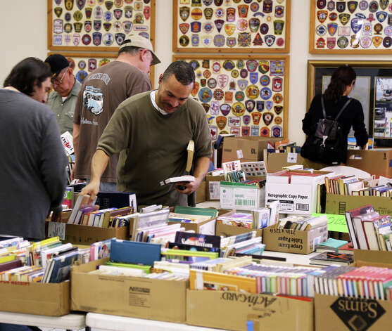 Book sale Photo: Charles Kerr