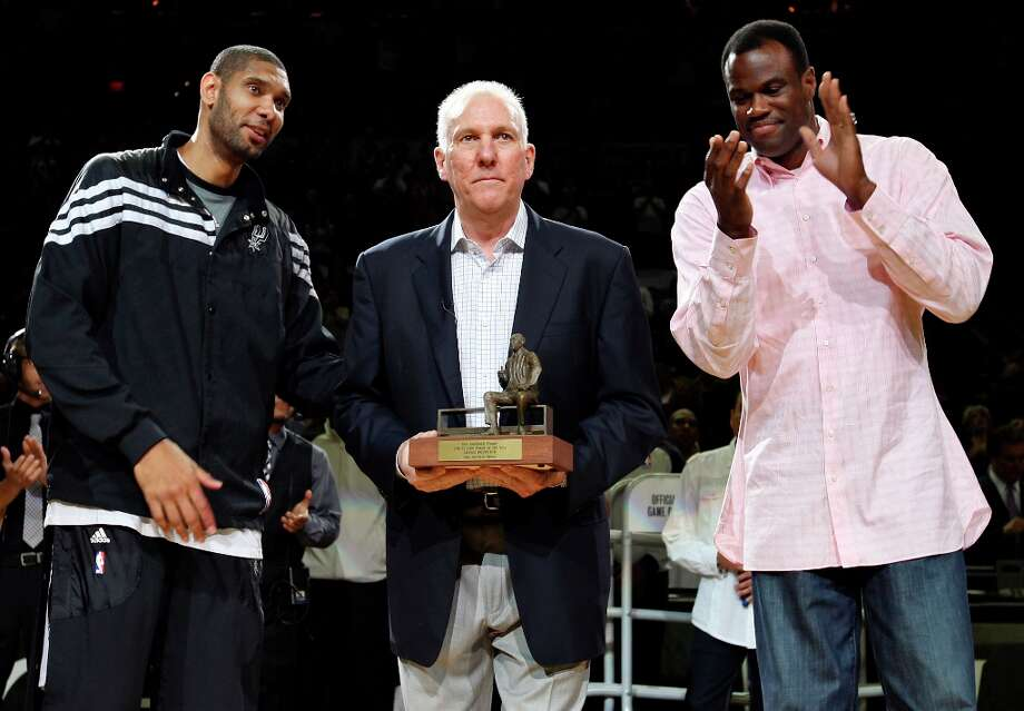 Coach Gregg Popovich (center), Tim Duncan (left) and David Robinson have made the Spurs a championship franchise. Photo: EDWARD A. ORNELAS, SAN ANTONIO EXPRESS-NEWS / © SAN ANTONIO EXPRESS-NEWS (NFS)