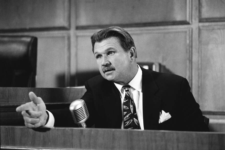 The Last Gasp -- Episode 22 -- Aired 05/17/1990 -- Pictured: Mike Ditka as himself.
