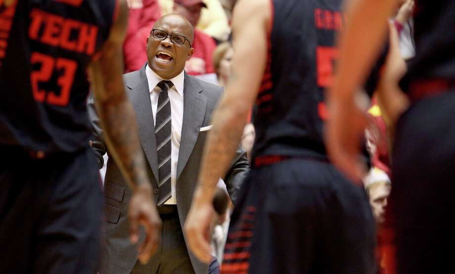 9. Texas Tech (11-20) — Firing his staff might give Chris Walker an idea he's not wanted. Or it could give him a fresh start with his own group if he gets the job. Photo: Justin Hayworth, Associated Press / FR170760 AP