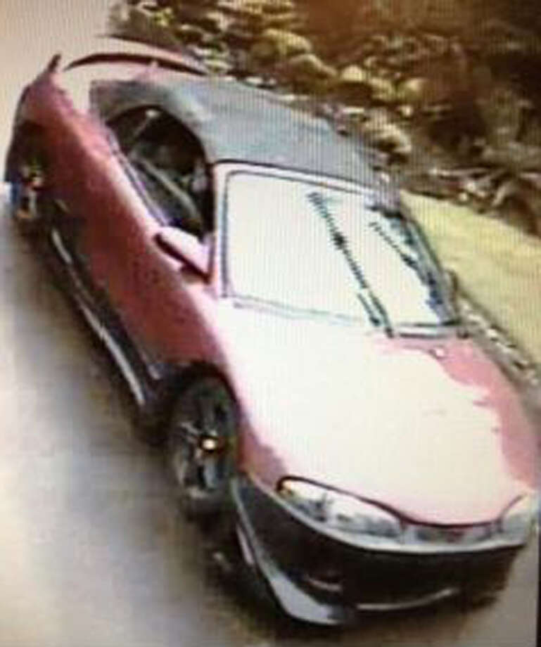 Here's another view of the convertible. Anyone with information on the case is asked to call the King County Sheriff's Office at (206) 296-3311. Photo: West, Cindi L