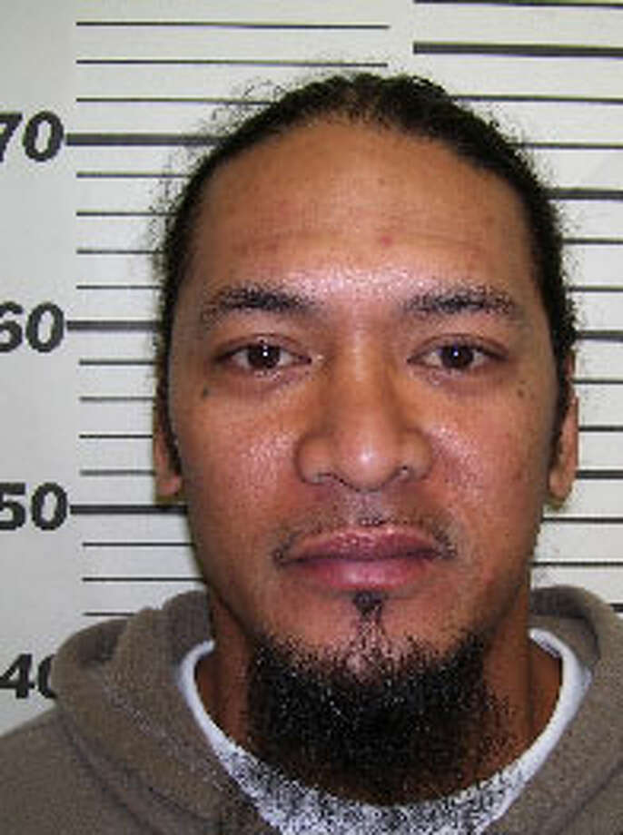 Tineimalo Vaitogi Taua, 38, was previously convicted of robbery in King County. He also goes by Mikaele Kup and Tineimalo Vaitogi Tava. A warrant for the Hawaii man's arrest was issued Dec. 10, 2012. Anyone with information can contact the Department of Corrections at 866-359-1939 or by visiting doc.wa.gov. Photo: Department Of Corrections Photo