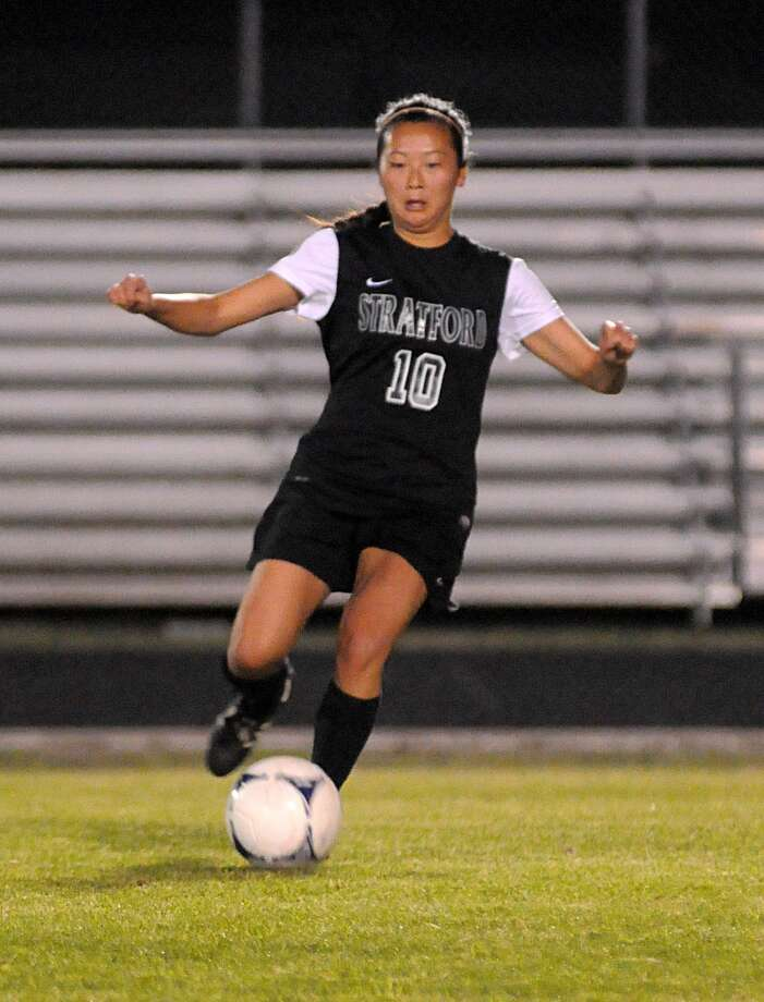 Stratford's Becky Dubner and the Spartans are hoping to nail down the No. 1 seed out of District 42-4A when they travel to face Spring Woods at 7 p.m. Friday. Photo: David Hopper, Freelance / freelance