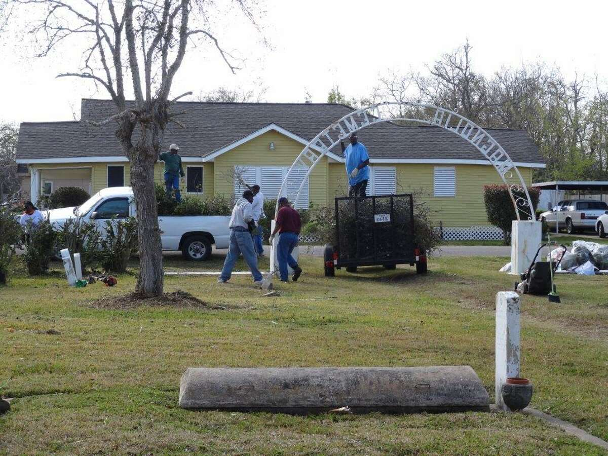 This past weekend, volunteers were cleaning the cemetery when they discovered some unmarked graves, many of them African-American veterans of war and residents of Galveston County.