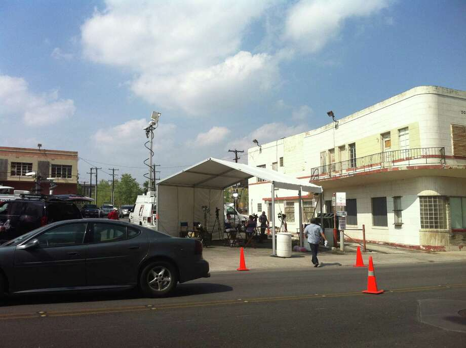 A makeshift set has been set up across the street from WOAI's office in a parking lot at Navarro and St. Mary's.  Reporter Emily Baucum tweeted that the set will be used for the stations 4, 5, 6 and 6:30 newscasts. Photo: Ana Ley
