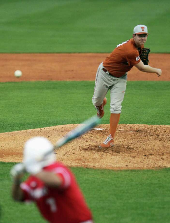 Chad Hollingsworth of the Longhorns throws a pitch to Frankie Ratcliff of the Cougars during the second inning. Photo: James Nielsen, Houston Chronicle / © 2013 Houston Chronicle
