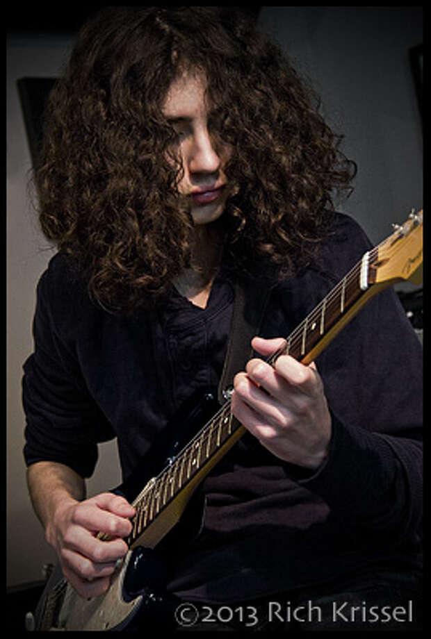 Jared Alpern plays through a Goodsell amp