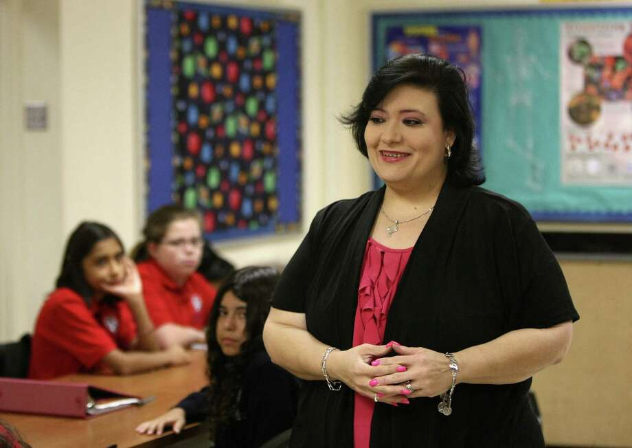Irene Chapa is director of UT Health Science Center's Office of Recruitment and Outreach and Voelcker Academy, a program that partners high school students with research mentors. The program seeks to create a pipeline for students into health careers. Photo: Express-News File Photo