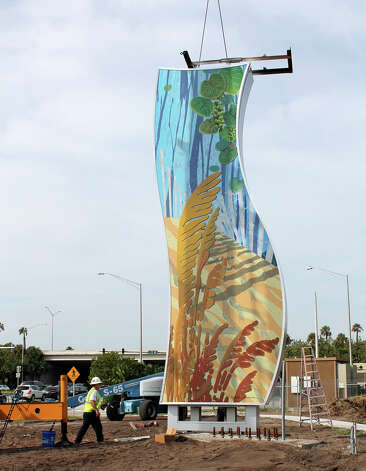 A 26-foot column designed by San Antonio artist Michelle Newman for Delray Beach, Florida's  gateway to downtown goes into place. Photo: Courtesy Photo