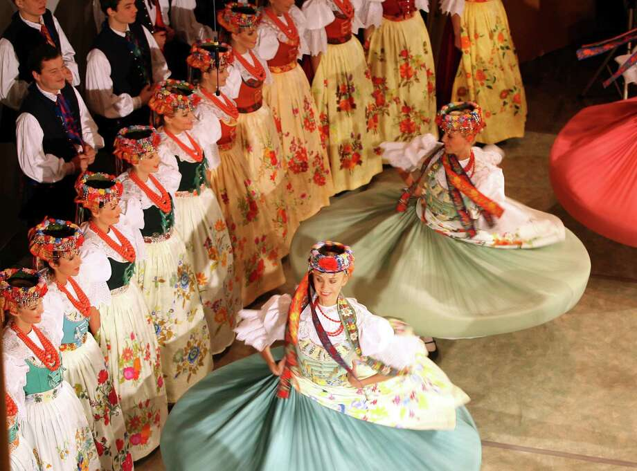 The Slask Polish Song and Dance Ensemble takes the stage at 4 p.m. Sunday at Proctors in Schenectady. Click here for more information. (FOT GRZEGORZ SKOWRONEK / AGENCJA GAZETA) Photo: Fot. Grzegorz Skowronek / AG / foto-czestochowa