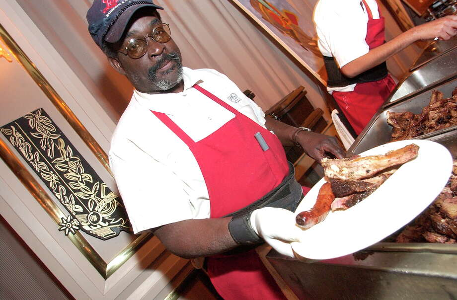 Lenox BBQ is served. Photo: Bill Olive, SPECIAL TO THE CHRONICLE / FREELANCE