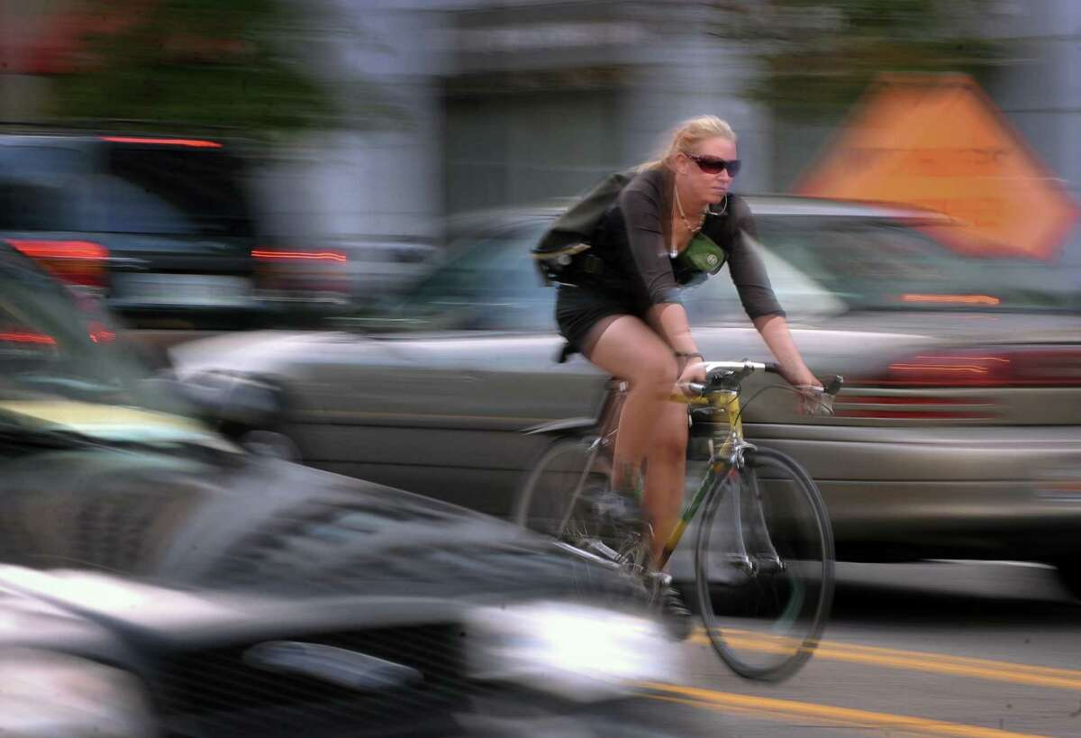 About 76.1 percent of Americans are solo commuters, according to recently released Census Bureau statistics. About 3.4 percent walk or bicycle to work. Click through to see which Washington communities are home to the most daily drivers, and which boast the most walkers and bike riders.