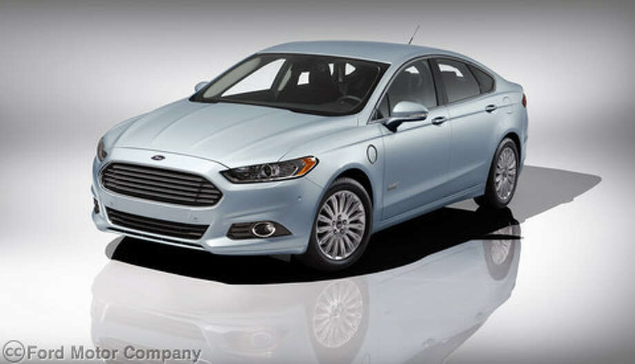 It looks like most other Fusions, but the mileage figures are better.(Photo: Ford Motor Co.)