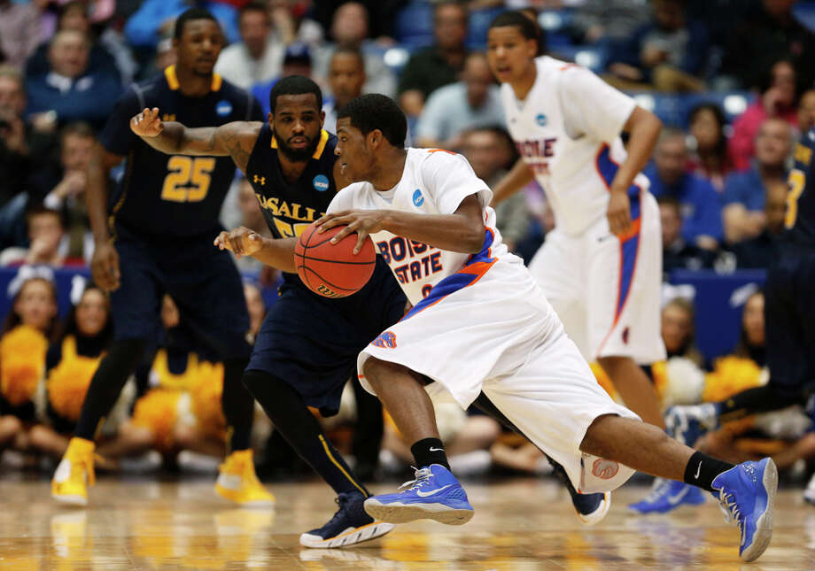 DAYTON, OH - MARCH 20:  Derrick Marks #2 of the Boise State Broncos drives against Ramon Galloway #55 of the La Salle Explorers in the first half during the first round of the 2013 NCAA Men's Basketball Tournament at University of Dayton Arena on March 20, 2013 in Dayton, Ohio. Photo: Getty Images / 2013 Getty Images
