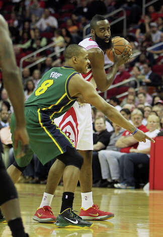 James Harden and Randy Foye during the second quarter. Photo: James Nielsen, Houston Chronicle / © 2013 Houston Chronicle