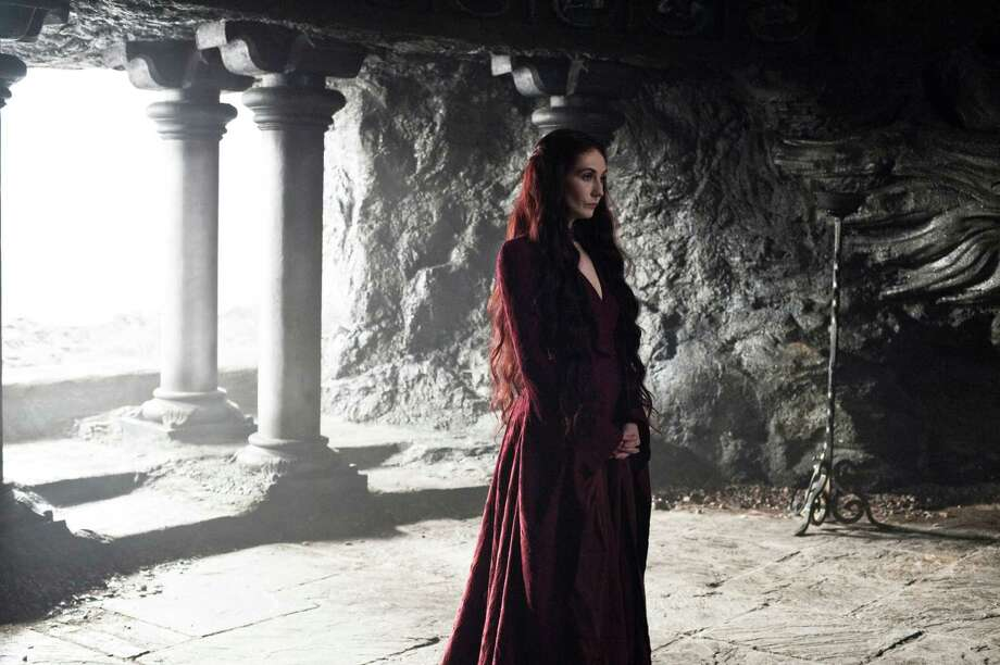"""Carice van Houten as """"Melisandre"""" in season 3, episode 2. Photo: Helen Sloan / Helen Sloan"""