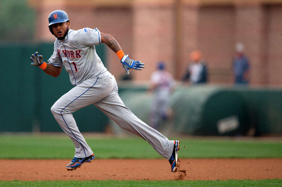 Jordany Valdespin attempts to steal second base.