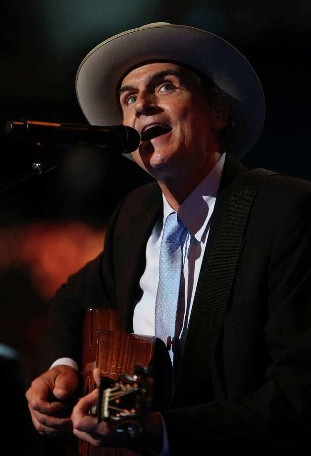 CHARLOTTE, NC - SEPTEMBER 06:  Musician James Taylor performs on stage during the final day of the Democratic National Convention at Time Warner Cable Arena on September 6, 2012 in Charlotte, North Carolina. The DNC, which concludes today, nominated U.S. President Barack Obama as the Democratic presidential candidate.  (Photo by Chip Somodevilla/Getty Images) Photo: Chip Somodevilla, Getty Images / 2012 Getty Images