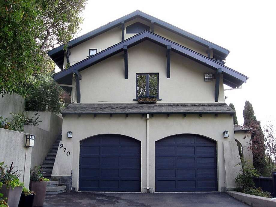 970 Alvarado Road in Berkeley was built in 1995 and has bedrooms on all three of its levels. Photo: Warren Lei